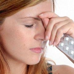Metodele de tratament de dureri de cap în temple