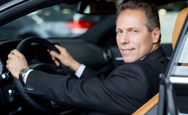 Как правильно сидеть в автомобиле