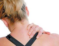 Ноющие болевые ощущениям в области шеи - симптомы шейного миозита